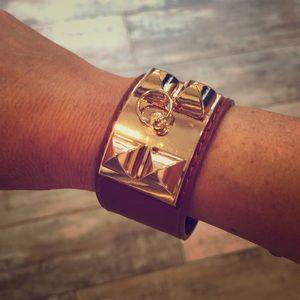 Camel and gold snap bracelet